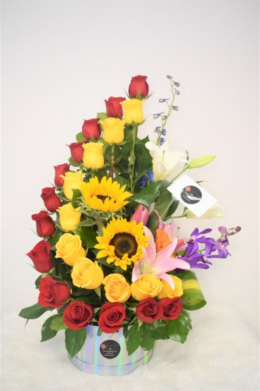 I Fall for You- Red & Yellow Roses