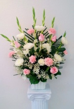Pink & White Arrangement